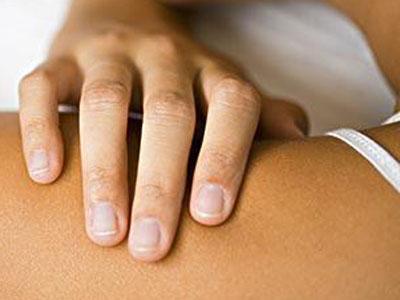 淋巴癌:多摸自己,无痛肿块需提防