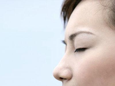 脸色潮红可能预示着心脏疾病