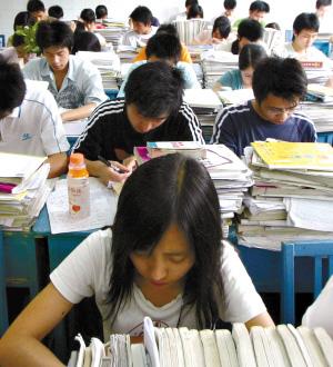 高考临近 学生出现考前焦虑症